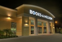 Books_A_Million_HDR-300x199.jpg