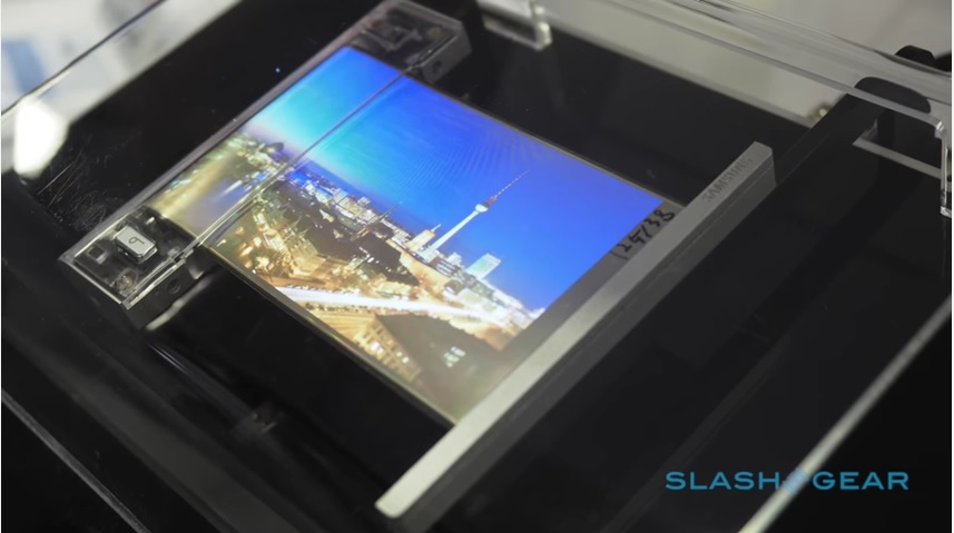 SlashGear Samsung rollable display video